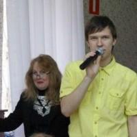 ведущие мероприятия Влентина Сысоева и Илья Осипенков