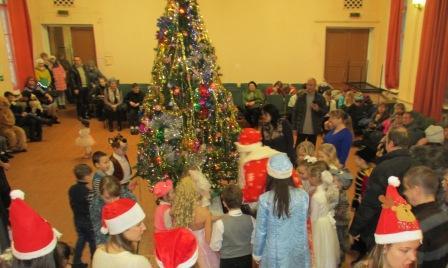 Ежегодное чудо — замечательный Новогодний праздник  для детей с ограничениями по зрению