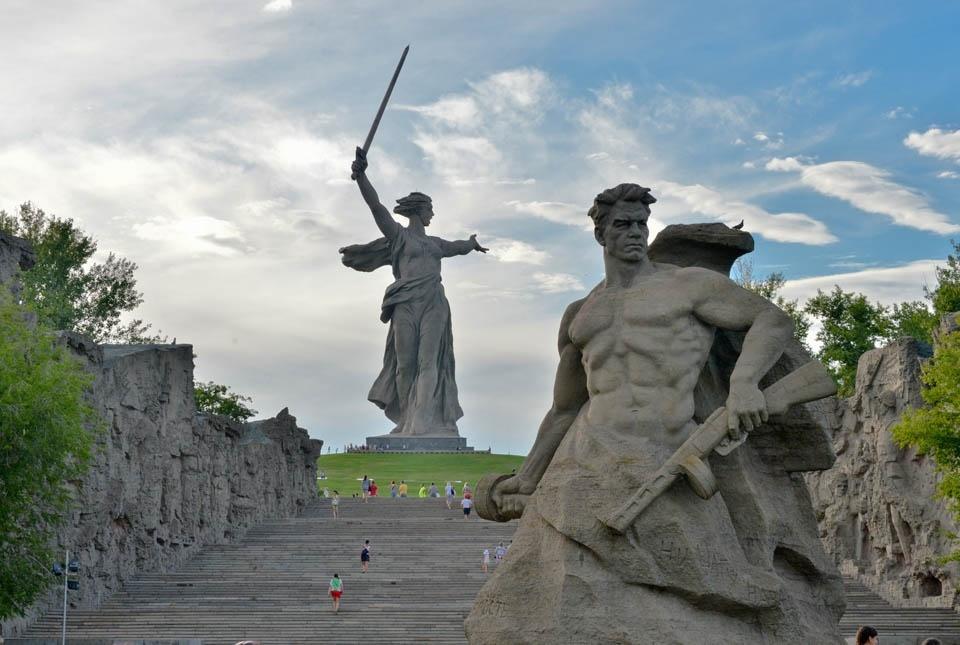 Земля Сталинграда дышала огнём (18+)