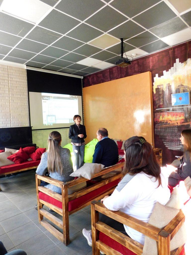 Библиотека для слепых приняла участие в «Школе социальной грамотности»