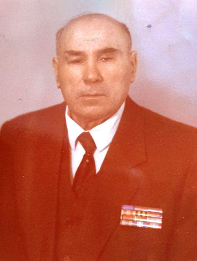 Герои Победы. Кононов Виктор Сергеевич,  лейтенант (1924 — 2002)