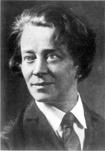 27 июля —125лет детской писательнице Е. Я. Тараховской (6+)